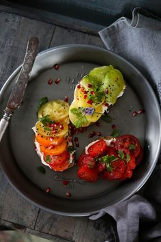 Heirloom tomato & cream cheese toast