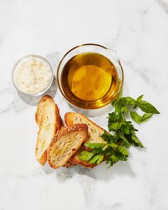 Bruschetta Toppings, Bruschetta Recipe, Quick And Easy Appetizers, Easy Appetizer Recipes, Appetizer Dips, Smoked Trout Pate, Healthy Finger Foods, Healthy Eats, Martha Stewart Cooking School