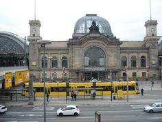 Dresden Hbf - mit einer Straßenbahn