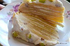 Блинный торт с творожной начинкой (Оригинальный рецепт творожного блинного десерта с фруктами и изюмом)