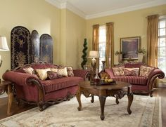 Classic Living Room Decor Bring Precious Memories from the Past through the Classic Furniture Living Room Paint, My Living Room, Living Room Chairs, Interior Design Living Room, Living Room Decor, Victorian Style Furniture, Victorian Living Room, Classic Furniture, Victorian Parlor