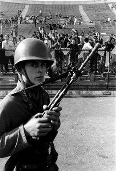 Memoria histórica: El Estadio Nacional, de 'cárcel' de Pinochet a la alegría de un pueblo | Internacional | EL PAÍS