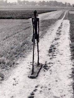 Man Walking, (Alberto Giacometti 1960).