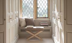 Мебель для прихожей - Консоли Столы, Вешалки & Табуреты для ног   Нептун