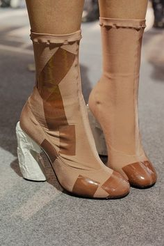Backstage at Acne Studios Photography Virginia Arcaro Acne Studios, Fashion Shoes, Fashion Accessories, Shoe Boots, Ankle Boots, Espadrilles, Dream Shoes, Hot Shoes, Mode Inspiration
