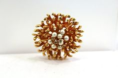 Vintage Mum Brooch // Flower Pin // Vintage Pin by SpiralCreations