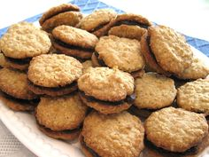 Biscuit Decoration, Biscuits, Beignets, Muffins, Cookie Recipes, Food And Drink, Yummy Food, Lunch, Cookies