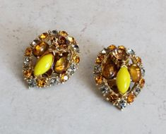 Rhinestone Earrings Glass Cabochons Topaz Yellow Clip On Vintage Rhinestone Earrings, Vintage Rhinestone, Vintage Earrings, Clip On Earrings, Stud Earrings, Smoky Topaz, Vintage Clip, Vintage Yellow, Dangles