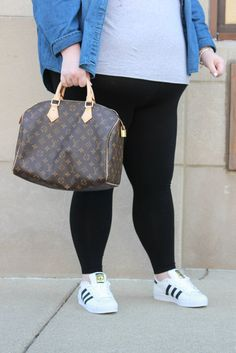 Louis Vuitton Speedy 30 and Adidas Superstars Louis Vuitton Speedy 30, Plus Size Casual, Casual Street Style, Adidas Superstar, Purses, Pretty, Bags, Fashion, Handbags