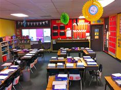 Fancy Free in 4th: classroom decorations. U shaped groups with storage desk in the middle.
