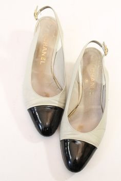 b8de8b18709 80s Chanel Slingback Heels 7.5   1980s Two Tone Classic Chanel Pumps   The  Addie Heels