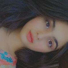 Cute Girl Pic, Cute Girls, Cute Profile Pictures, Profile Pics, Ushna Shah, Girl Hiding Face, Aiman Khan, Mahira Khan, Reality Quotes