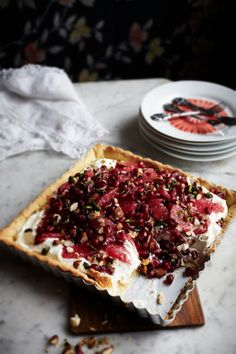 Foodieeater | Tærte med granatæble, pistacier og blodrød grape HAPS | Blood orange and pomegranate tart
