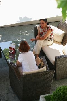 Enjoy the last days of sun with a friend on our terrace. Creating unforgettable memories with our spectacular lake view. Lake View, Terrace, Restaurant, Memories, Sun, Style, Sidewalk Cafe, Patio, Diner Restaurant