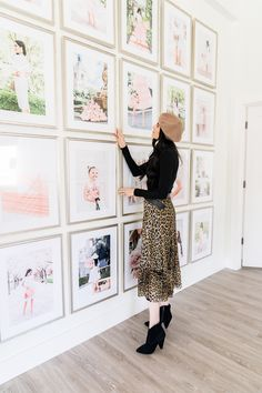 Cheap Home Decor Rachel Parcell HQ Gallery Wall Reveal. - Pink Peonies by Rach Parcell.Cheap Home Decor Rachel Parcell HQ Gallery Wall Reveal. - Pink Peonies by Rach Parcell Cheap Wall Decor, Cheap Home Decor, Pink Peonies, Luxury Home Decor, Dorm Decorations, Room Decor Bedroom, Home Decor Accessories, Feng Shui, Photos