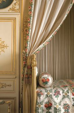 Bedchamber in the apartments of Madame de Maintenon. The bed was supplied for Madame Élisabeth, daughter of Louis XV.