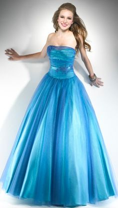 Blue prom dress... So pretty!
