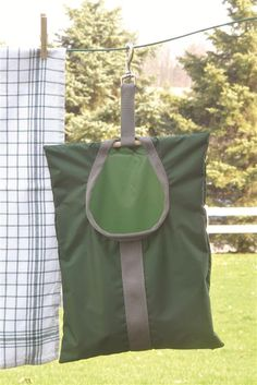 Clip-On Clothespin Bag --love the clip idea. stays on even on  windy days, easier that button holes.