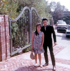 Elvis Presley    1174 Hillcrest Drive... then & now... bought May 7th 1967