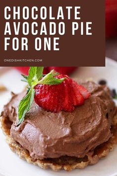 A simple recipe for an avocado chocolate pie made with a gluten-free crust. A rich, creamy, guilt-free dessert that can be ready in minutes. Made with avocado and cocoa powder and sweetened with a touch of melted chocolate and honey. Vegan option too! Chocolate Pies, Melting Chocolate, Avocado Pie, Gluten Free Crust, Vegan Options, Cream Pie, Pie Recipes, Tart, Easy Meals