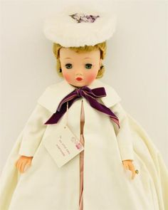 "Vintage Madame Alexander Cissy Doll 21"" Original Box Hang tag Tagged Exquisite 