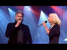 """Andrea Bocelli & Christina Aguilera """"Somos Novios"""" on stage one of few touching duets in the world"""