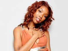 Afro hair looks very beautiful and sexy; however, people who have afro hair often complain about the excessive dryness and brittleness in it. Afro hair has its Hair Color Auburn, Auburn Hair, Red Hair Color, African American Women Hairstyles, Black Women Hairstyles, Beautiful Hairstyles, African Women, Hair Growth Pills, Curly Hair Styles