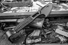 Schrade MOE multipurpose demolition tool