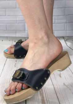 Sexy Sandals, Sexy Heels, Flat Sandals, Summer Sandals, Dr Scholls Sandals, Clogs, Wooden Sandals, Cute Heels, Crazy Shoes