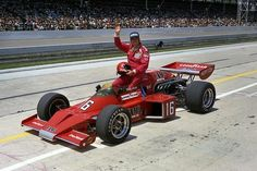Bobby Allison 16  Cam2 1973 McLaren-Offy 1975