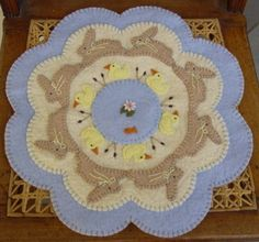 Spring Bunnies Ducks Penny Rug/Candle Mat E-Pattern Penny Rug Patterns, Felt Patterns, Felted Wool Crafts, Felt Crafts, Diy Crafts, Wooly Bully, Primitive Patterns, Felt Applique, Applique Ideas