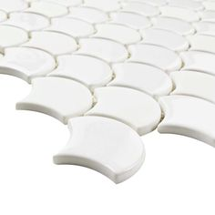 Merola Tile Expressions Scallop White 11-1/4 in. x 12 in. x 7 mm Glass Mosaic Tile-FASESCWT - The Home Depot