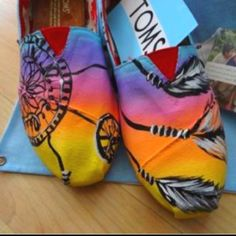 WANT. #toms