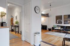 http://www.elle.be/nl/12823-binnenkijken-5-plaatsbesparende-ideeen-1-zweeds-appartement.html