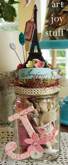 Great use for a mason jar - get crafty!