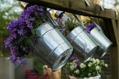 33 More Beautiful Container Gardening Ideas - A lovely container garden is one of the easiest ways to add beautiful flowers and plants to any size backyard, patio or porch space. There are many ways to leverage your available space and make your … Free Garden Planner, Landscape Design, Garden Design, Fleur Orange, Chlorophytum, Large Flower Pots, Pot Jardin, Water Features In The Garden, Green Lawn