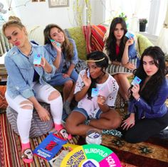 Fifth Harmony 2015: Camila Cabello & Dinah Jane Hate Each Other? [Rumors] - http://www.australianetworknews.com/fifth-harmony-2015-camila-cabello-dinah-jane-hate-rumors/