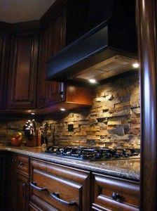 Pretty stone backsplash for the kitchen. Plus 52 more Stylish Kitchen Backsplash Design Ideas 2013 Pictures Stylish Kitchen, New Kitchen, Rustic Kitchen, Warm Kitchen, Eclectic Kitchen, Basement Kitchen, Awesome Kitchen, Wooden Kitchen, Kitchen Interior