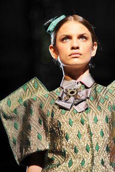 Dolce & Gabbana Spring 2009 Ready-to-Wear Collection Photos - Vogue