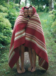 Norwegian Blanket by Oleana Precious Children, Beautiful Children, Norwegian People, Reverse Braid, Norwegian Knitting, Baby Bjorn, Alpacas, How To Look Pretty, Tweed