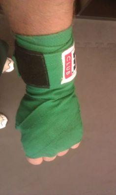 """@chsebrgrliqrpty channeling his """"inner ninja turtle"""" w/his green wraps #TITLEfanpics"""