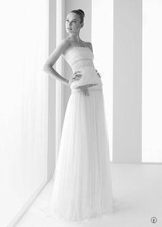 Romina (Rosa Clará) 💟$259.99 from http://www.www.bienvestido.es   #weddingdress #bridal #wedding #(rosa #mywedding #romina #bridalgown #clará)
