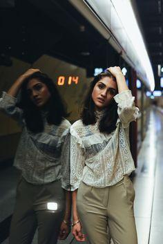 #mtr #underground #tube #metro #train #ontheroad #girl #beauty #elegant #editorial #urban #citylife #fashionblooger #blogger #outfitoftheday #fashion #fashion #shooting #shooting #shoot #model #hongkong #hongkongphotography #fashionphotography #fashionhongkong #portrait #style #inspiration #photography #photo #portrait #portraitphotography #closeup #fashionphotography #hongkongphotography