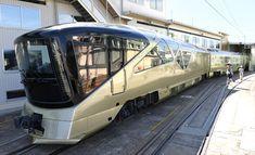 JR東日本は24日、2017年春のデビューに向けて製造中の寝台列車「トランスイート四季島(しきしま)」を報道陣に初めて公開した。3泊4日のツアーで1室最高190万円という超豪華車両の「顔」となる展望車は4面ガラス張りで、高級感を演出している。
