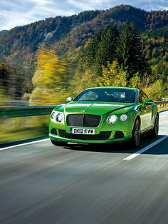 Bentley Continental GT Speed http://www.autorevue.at/best_of_test/modellvorstellung/bentley-continental-gt-speed-coupe.html