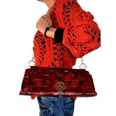 Bolso Papel Rojo 37.95€ Bags, Fashion, Templates, Red Paper, Sustainable Fashion, Fabrics, Paper Envelopes, Women, Upcycling