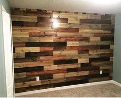 Nursery wall Diy Pallet Wall, Pallet Walls, Wood Slat Wall, Wood Slats, 3d Design, Tile Design, Barn Board Wall, Reclaimed Wood Art, Home Living Room