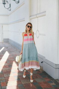 Mid summer heat paired perfectly with this lightweight maxi dress