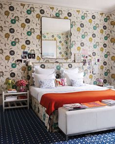 Home Decorating Ideas: Cosmetics Executive Christine d'Ornano's London Home - ELLE DECOR
