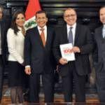 Ollanta Humala Tasso - President of Peru (Ollanta_HumalaT) on Twitter Twitter, Style, Presidents, Stylus